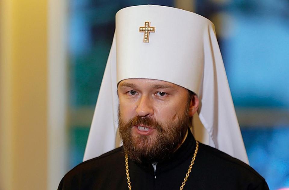 """Томос не дает покоя Москве: РПЦ пошла на крайность и объявила Варфоломея """"раскольником"""""""