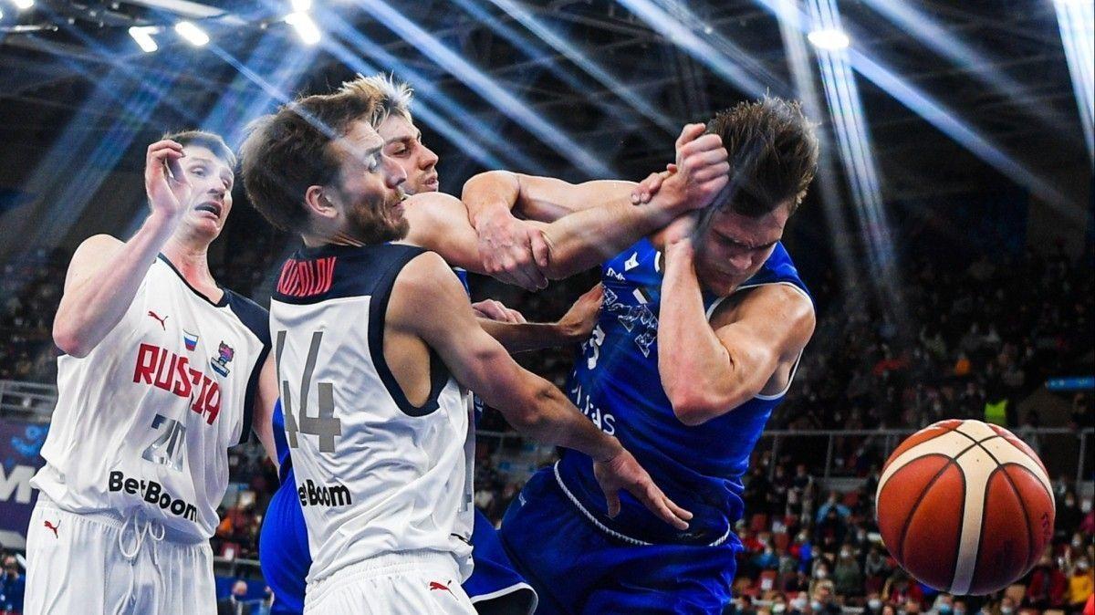 Провал российского баскетбола: комментатор из РФ пристыдил игроков сборной