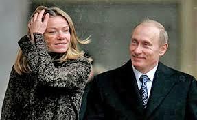 Старинный особняк, яхты и друзья-дипломаты: как живет старшая дочь Путина