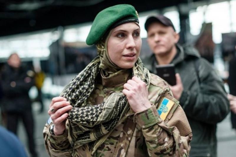 Гибель легендарной АТОшницы и снайпера Амины Окуевой: источник рассказал, что могло бы помочь в расследовании подлой и кровавой расправы, - кадры