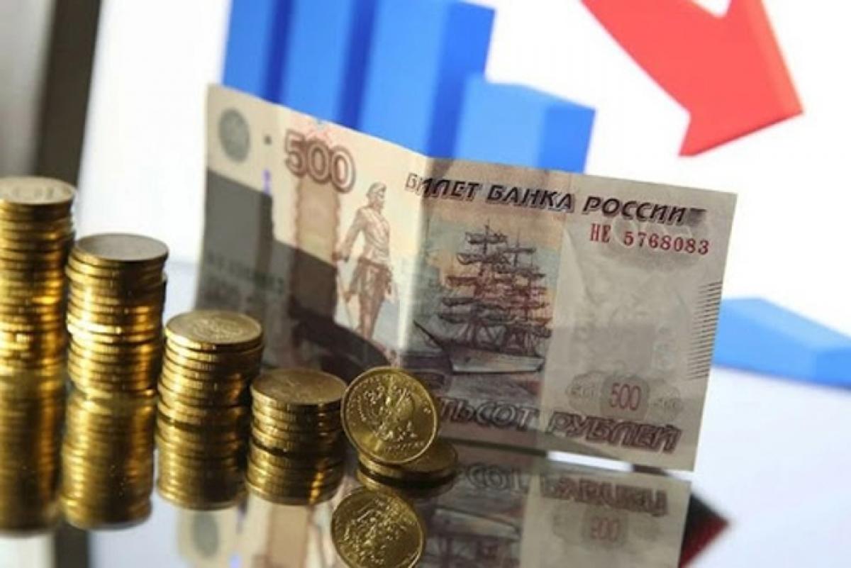 """""""Начнется уже весной"""", - в РФ спрогнозировали будущее экономики после """"нефтяного поражения"""""""