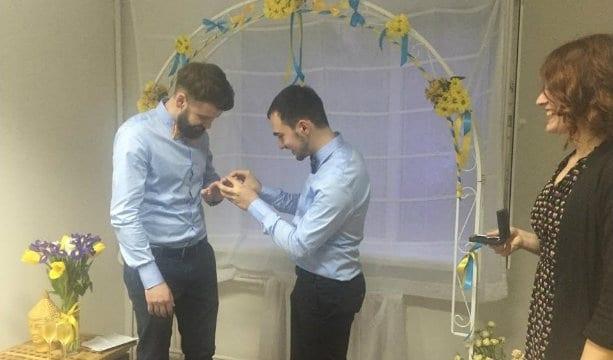 Борьба с гомофобией: в Украине состоялась первая ЛГБТ-свадьба