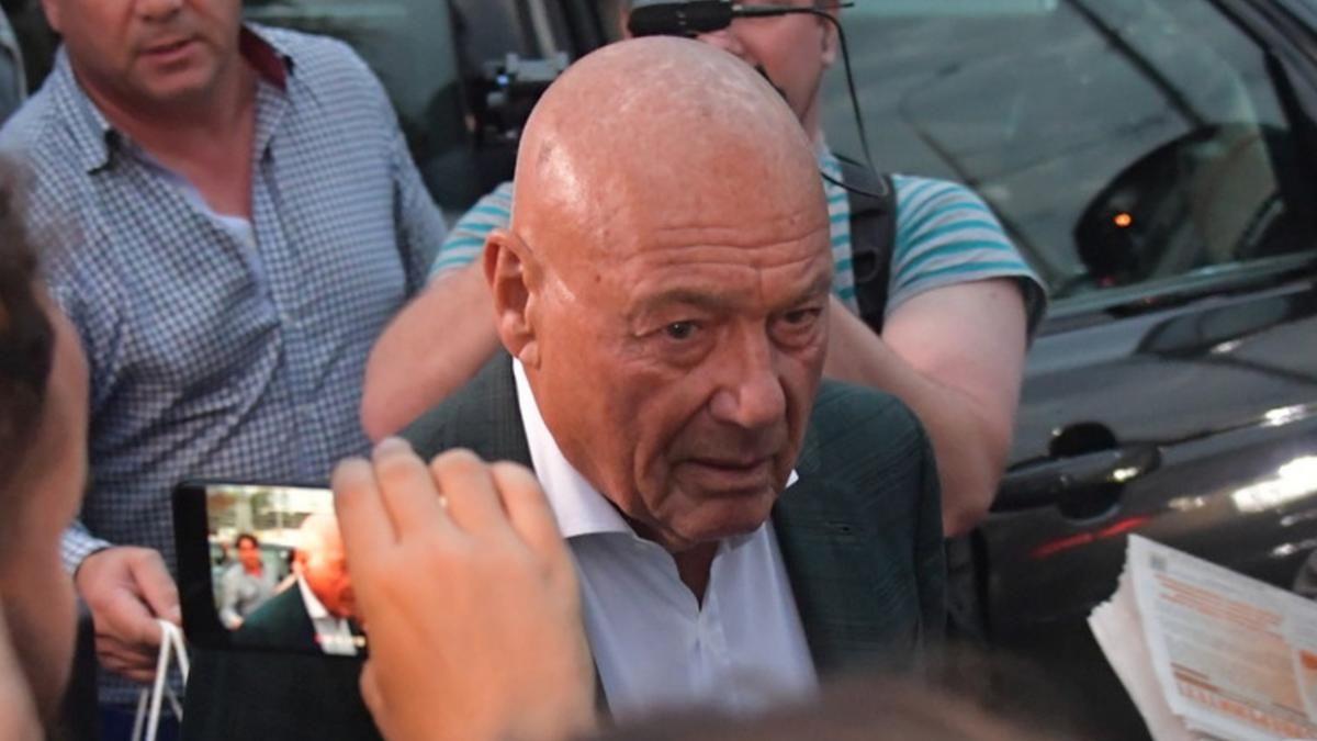 """""""Использовал паспорт США"""", - скандал с Познером в Грузии набирает обороты, Кремль встал на его защиту"""