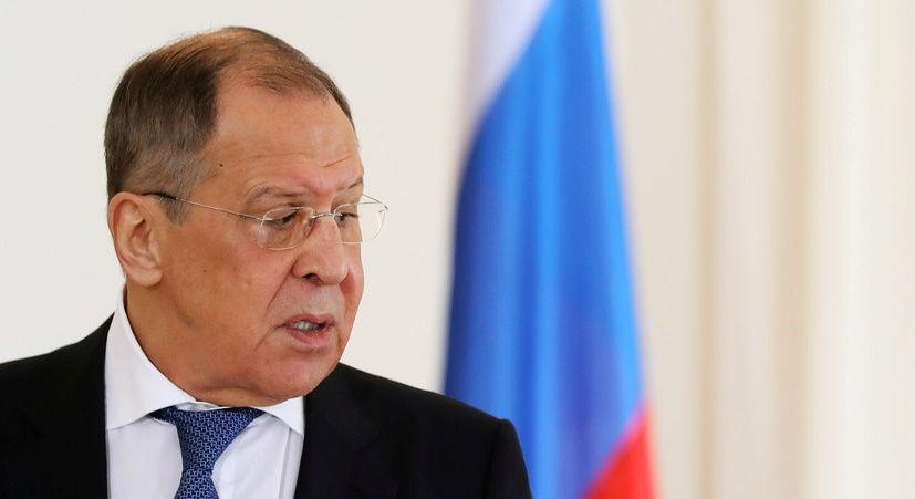 """Лавров хочет """"поговорить"""" с Турцией относительно """"втягивания Украины в НАТО"""""""