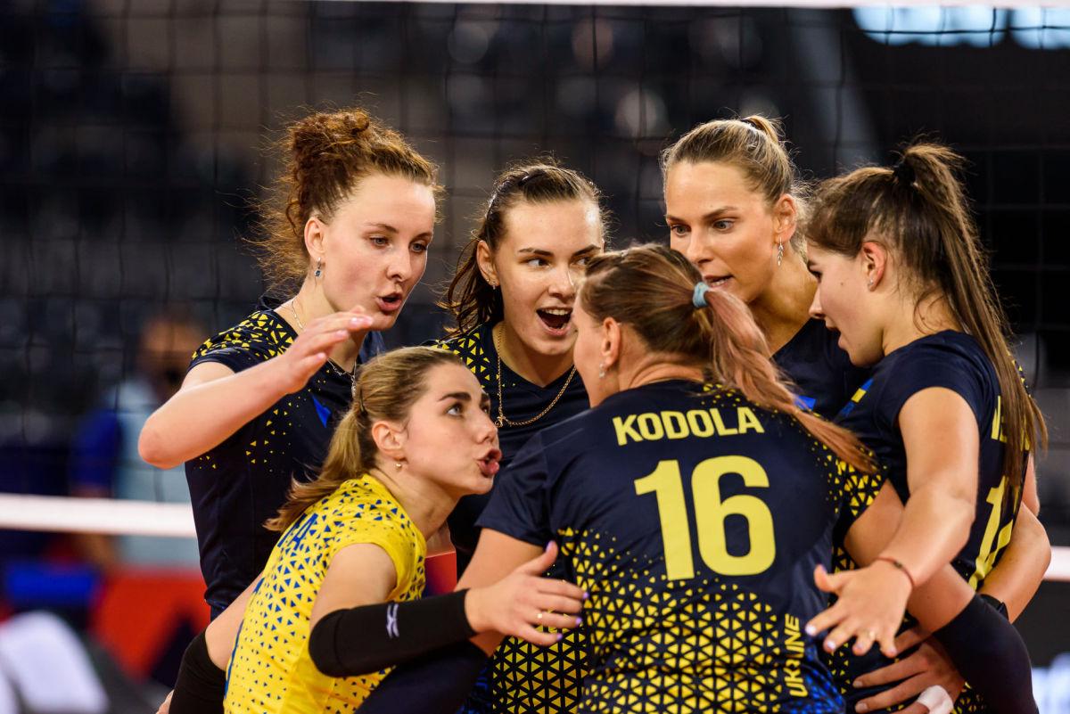 Впервые за 20 лет украинские волейболистки вышли в плей-офф ЧЕ