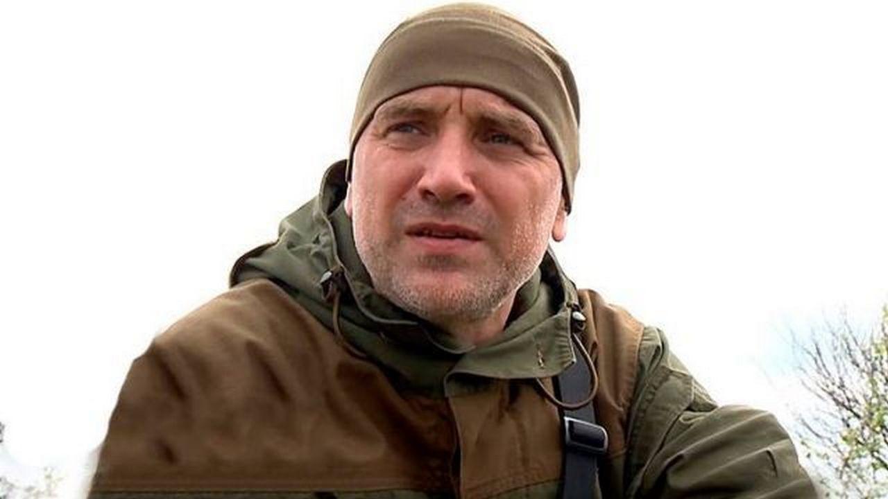 """Тебе тут не место, ты несешь угрозу - """"литературного"""" террориста Захара Прилепина задержали на границе с Боснией"""