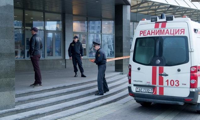 Они меня бесили, я выпил водки и пошел рубить людей: подросток ужаснул следователей подробностями нападения на ТЦ в Минске