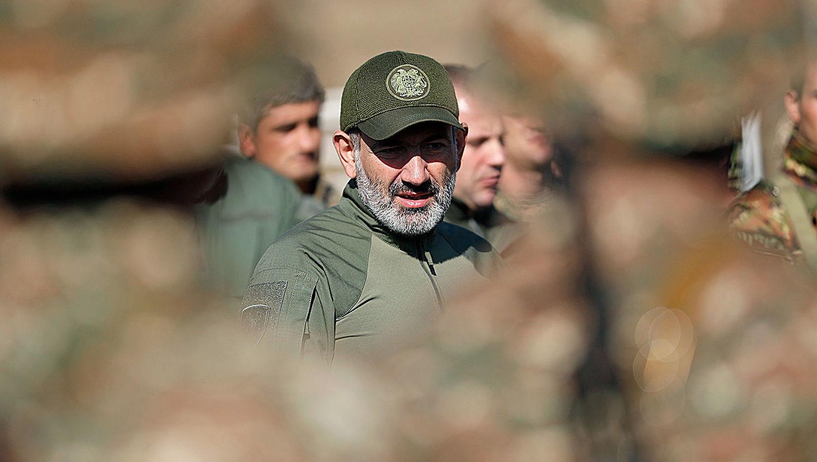 В Армении вся армия и Генштаб выступили против Пашиняна, детали