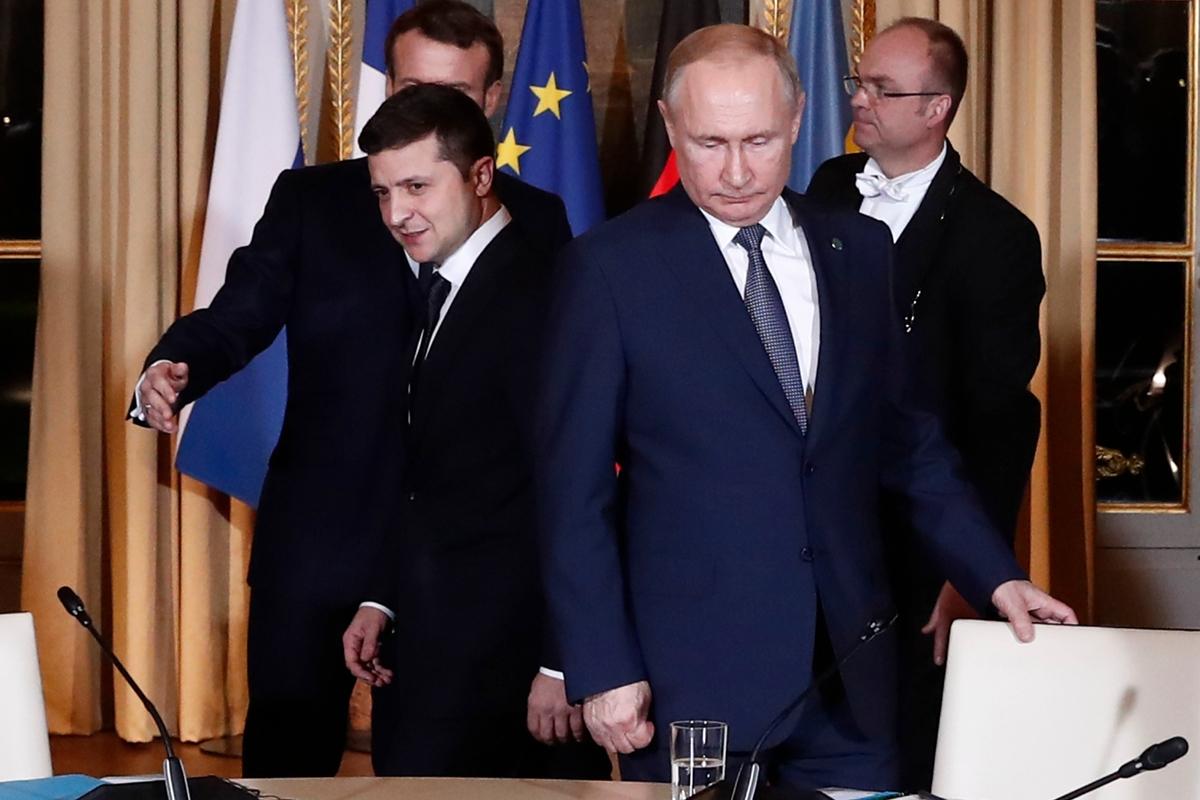 """""""Прямо поставил вопрос"""", - в Кремле раскрыли детали """"непростой"""" беседы Зеленского и Путина"""
