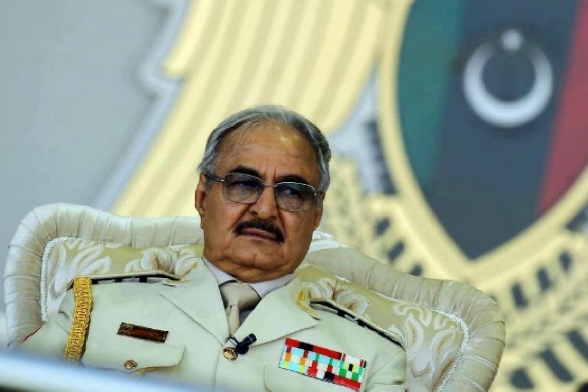 Хафтар выехал в Египет, пока его войска в Ливии с потерями отступают - Москва просит перемирия