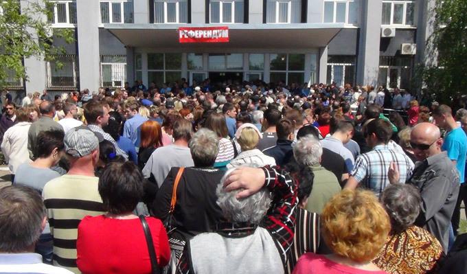 """""""Ватница"""" из Донецка о разочаровании в России: """"Мы получили безработицу и реальный ад. Вокруг сплошная нищета. Люди не понимали, что три года назад проголосовали за войну"""""""