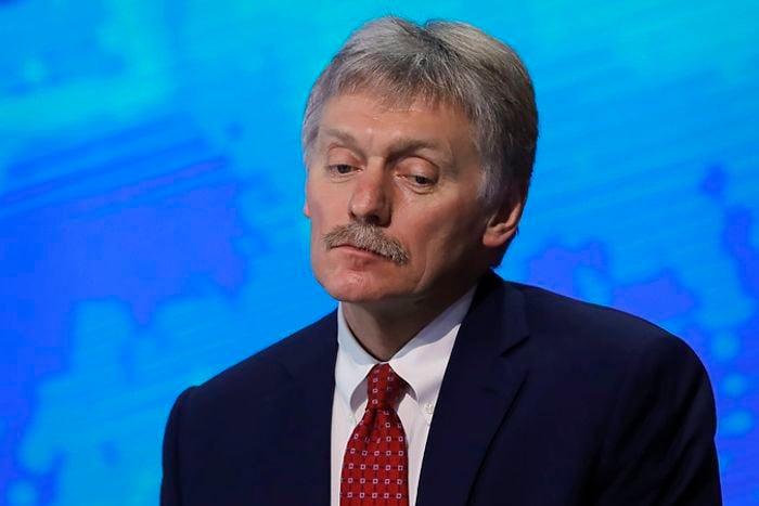 """Песков после протестов вспомнил о """"дворце Путина"""" под Геленджиком: """"При чем здесь президент?"""""""