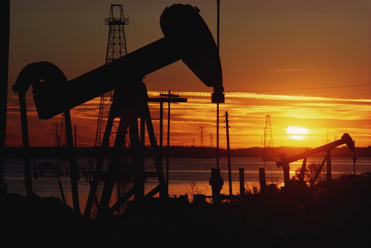 """Глава ОПЕК: вскоре нефть вернется к """"нормальным"""" ценам"""