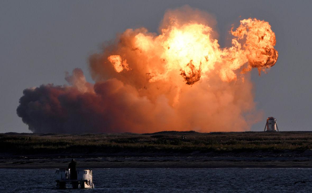 Starship Илона Маска взорвался сразу после удачной посадки