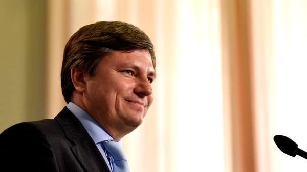 Глава президентской фракции в Раде уверен: закон о реинтеграции Донбасса поставят на голосование, как только Порошенко вернется из Соединенных Штатов