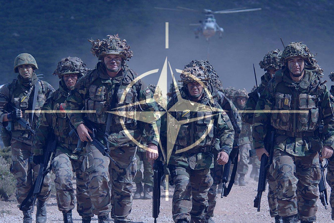 """США и НАТО увеличат свое присутствие на востоке Европы для """"предотвращения российской агрессии"""""""