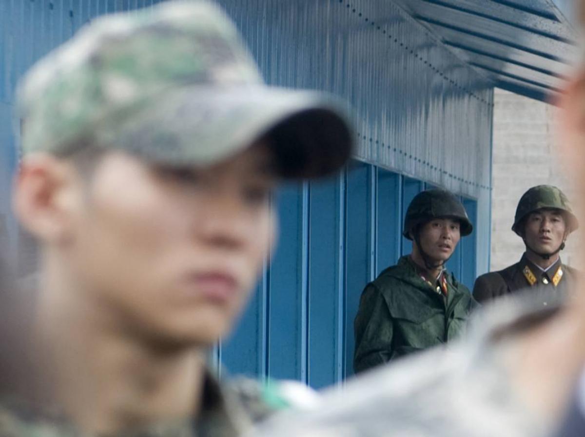 КНДР готова ввести военных в зону на границе с Южной Кореей - детали конфликта