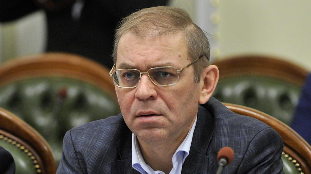 """Пашиский хочет привлечь журналистов к уголовной ответственности """"за клевету"""""""