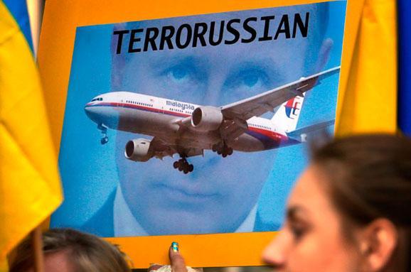 """""""Искупите вину перед жертвами этой трагедии!"""" - адвокат пострадавших в крушении МН17 жестко призвал Путина признаться в своих преступлениях"""