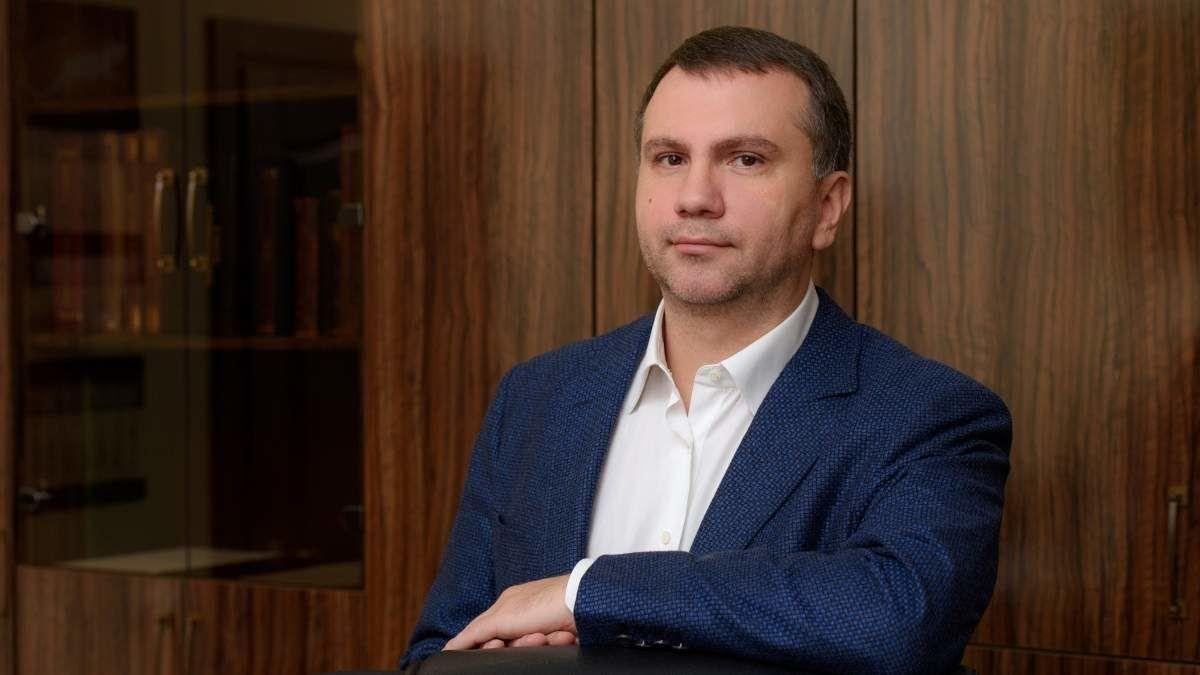 """Дела Коломойского и """"ПриватБанка"""": стала известна роль главы Окружного админсуда Киева Вовка"""