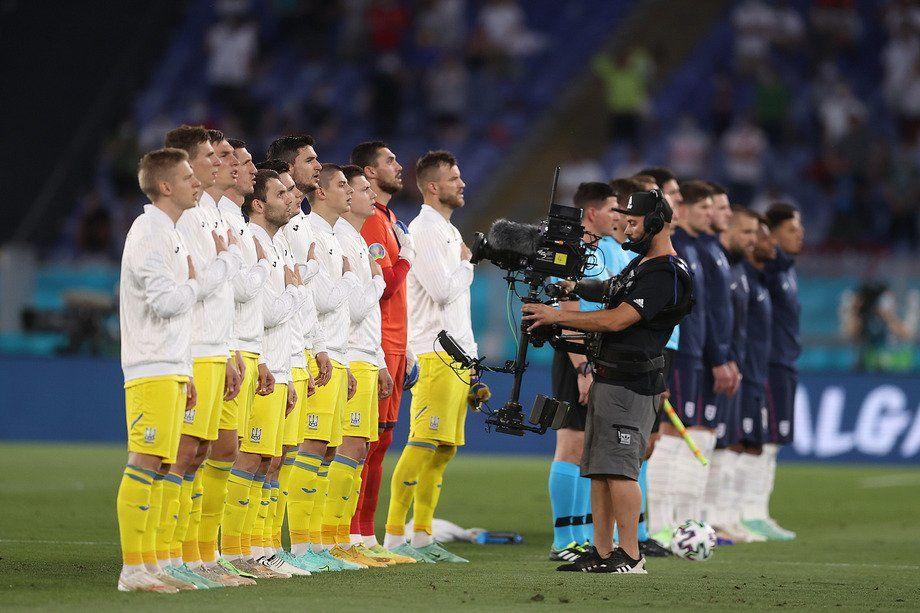 Все 11 футболистов отказались: появилось фото поступка сборной Украины перед матчем с Англией
