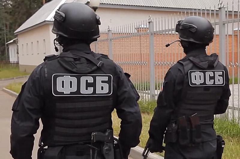 """Сын """"замглавы МВД"""" Крыма пытался обвести вокруг пальца оккупационные власти, но попался на горячем, и теперь его ждут нары"""
