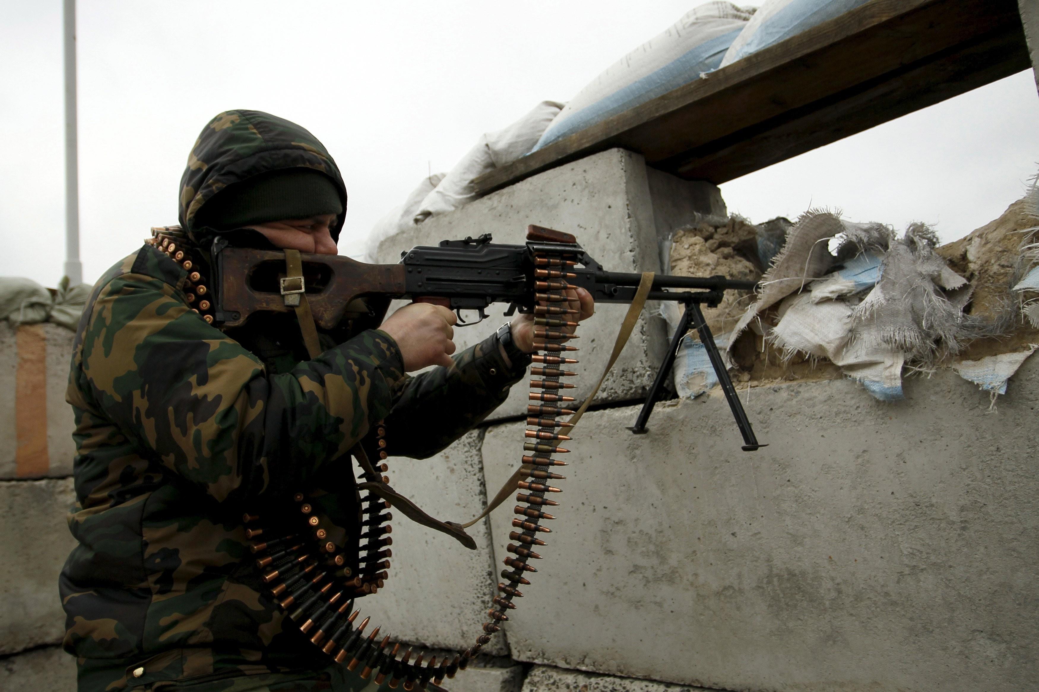 """Боевики нарушили """"праздничное перемирие"""": позиции силовиков были обстреляны из разнокалиберного оружия 10 раз"""