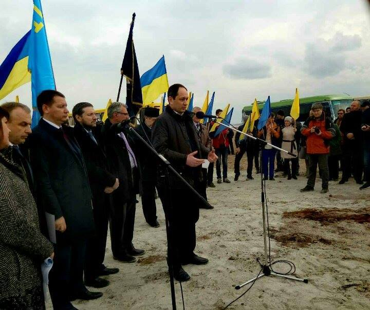 Четыре украинские радиостанции будут вещать в аннексированном Крыму – на Чонгаре открыта новая телебашня