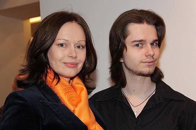 Ирина Безрукова впервые ответила, почему могилы ее сына Андрея нет на кладбище