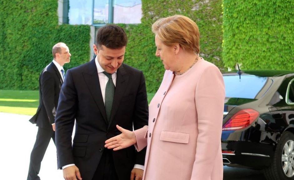 Германия, Меркель , МИД, Зеленский,видео рукопожатие