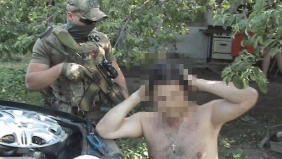 """На Луганщине задержали главаря одного из бандформирований псевдореспублики """"ЛНР"""": он уже """"сливает"""" своих и дает показания против российского руководства"""