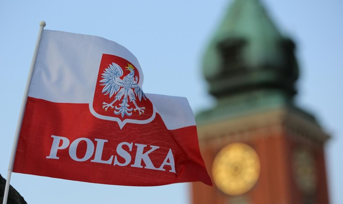 """Польша обвинила Германию в подрыве отношений из-за сделки по """"Северному потоку 2"""" – Меркель ответила"""