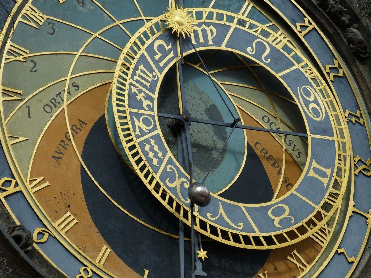 Как избежать неприятностей: астрологи озвучили правила поведения для каждого знака зодиака на октябрь