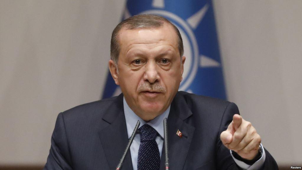 Испуганный Эрдоган надеется, что Трамп изменит свое решение о предоставлении США оружия курдам в Сирии