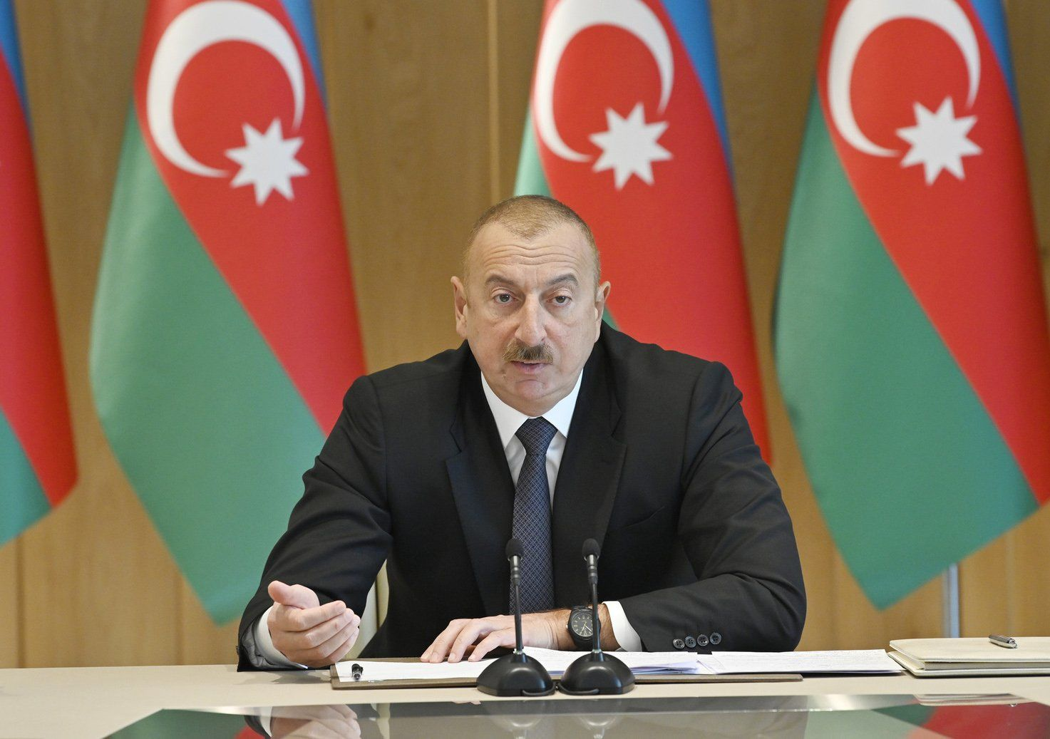 Иран что-то затевает: Азербайджан обеспокоен первыми за 30 лет военными учениями иранцев возле своей границы