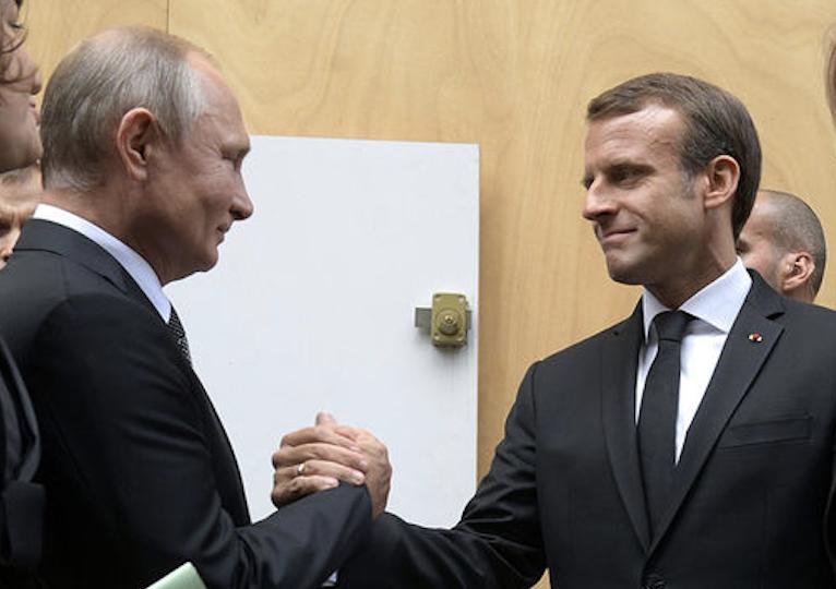 Макрон поддержал Россию в ПАСЕ, Украина потеряла важного союзника