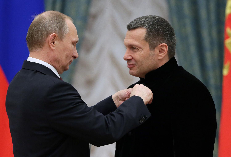 Владимира Соловьева могут уволить с росТВ: после похвалы Гитлера депутаты Думы и тысячи россиян объявили ему бойкот