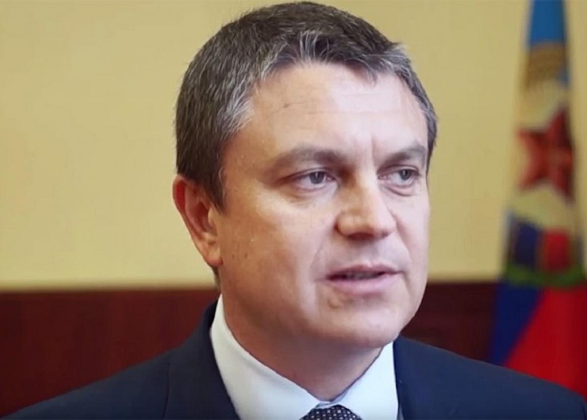 """Пасечнику грозит отставка: в Луганске начались задержания """"министров"""", они дали показания против главаря """"ЛНР"""""""
