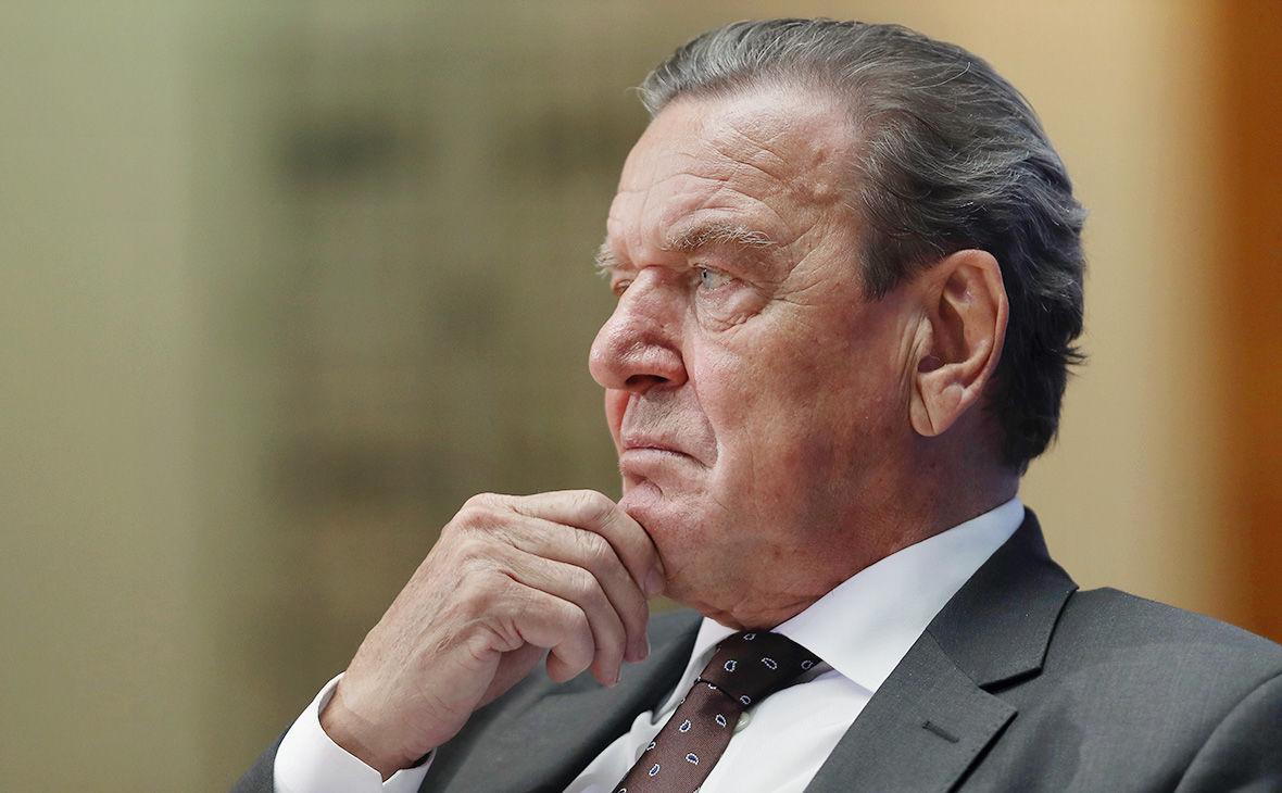 """Экс-канцлер Германии Шредер, возглавляющий """"Роснефть"""", впервые сказал все, что думает о России"""