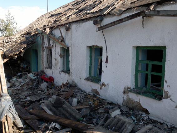 """Боевики """"ДНР"""" совершили очередной акт терроризма - жители Авдеевки оказались под обстрелами танков врага - обнародованы кадры"""