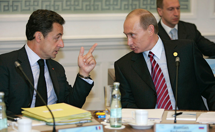 """""""Как низко пал, приехал на поклон"""", - соцсети """"разнесли"""" Саркози, который запел дифирамбы о дружбе с Путиным"""