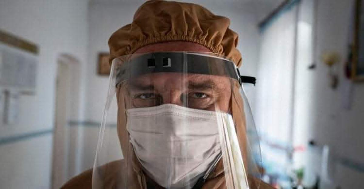 В Тернопольской области скончался врач Иван Венжинович - лицо всеукраинской рекламы по борьбе с COVID-19