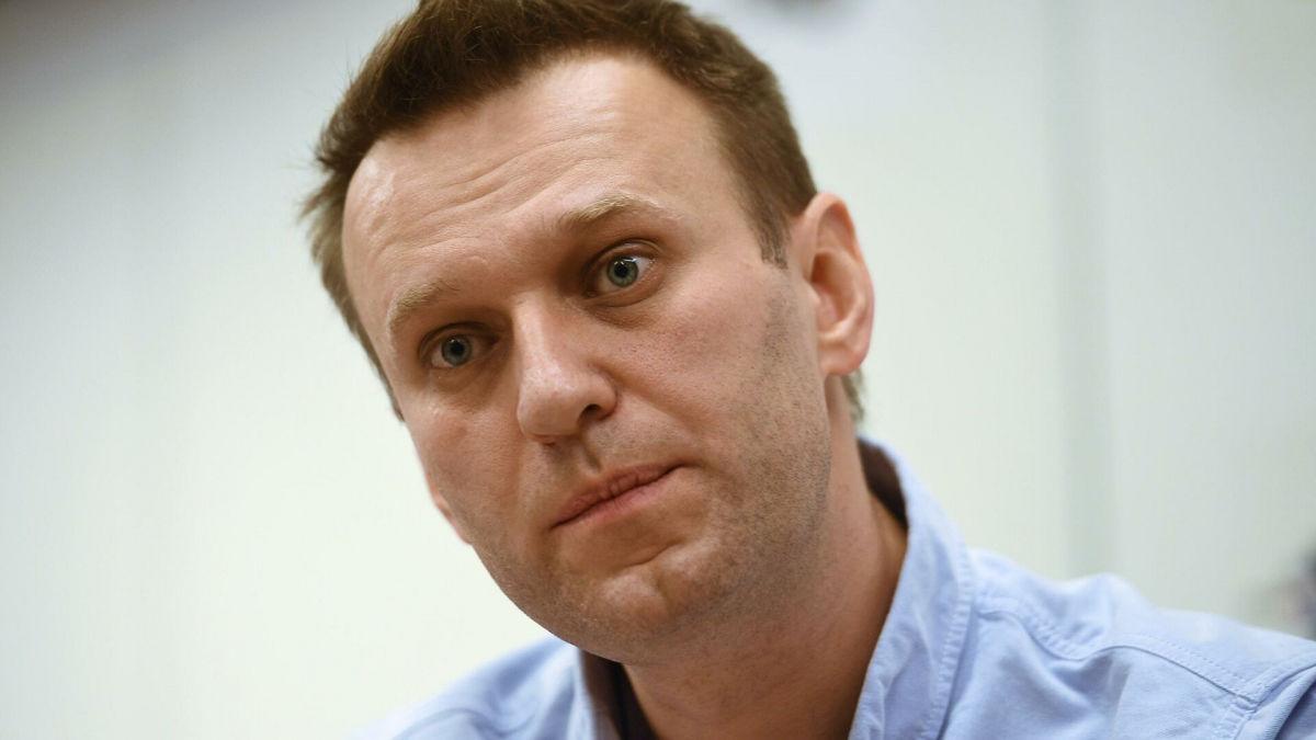 """Аэропорт """"Внуково"""" сравнил лайнер Навального с самолетами фашистов в 1941 году: разразился скандал"""