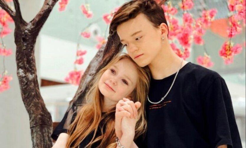 Дедушкой 8-летней Милы Маханец, устроившей роман с 13-летним, оказался чиновник ВР Шумейко
