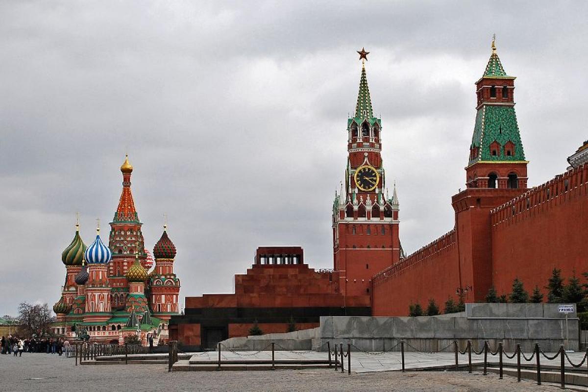 Financial Times: реальное число умерших в России от коронавируса может быть на 70 % выше официальных данных