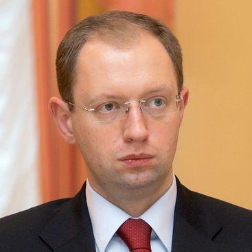 Яценюк встретился с членом Сената США по вопросам вооружения