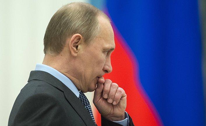 Путин страшно боится собственного народа: на Тверской в Москве на День России разрешили гулять только тем, кто не будет кричать и показывать плакаты, все остальных – в полицию