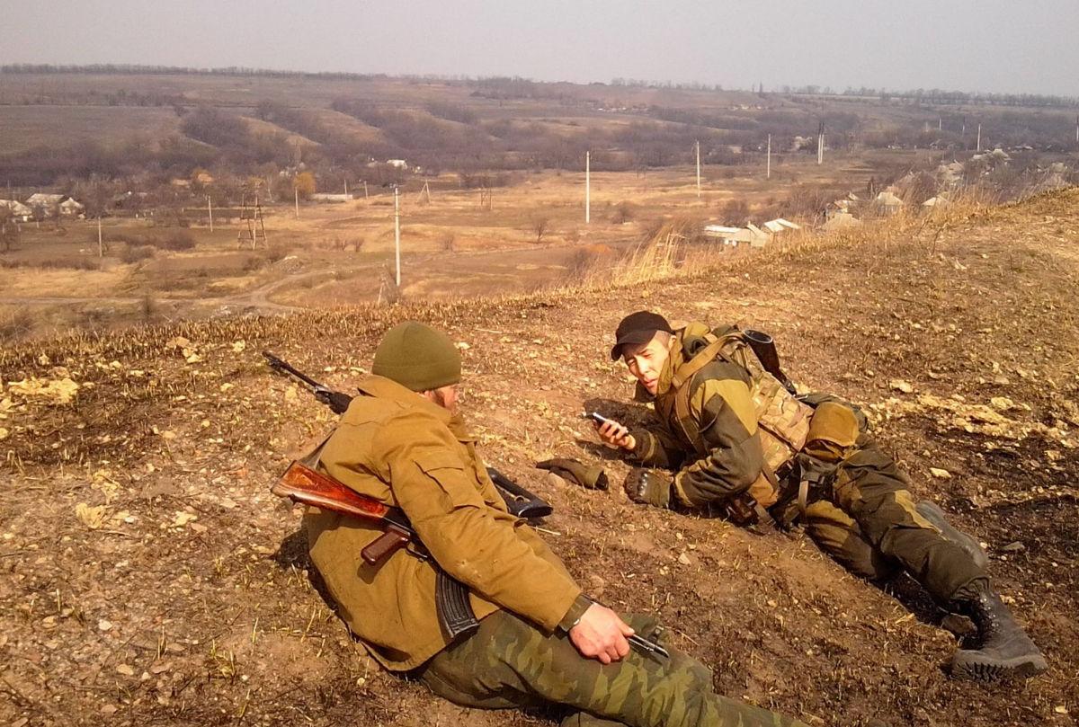Наемники на Донбассе устроили провокации перед 9 мая - били по Авдеевке и Марьинке