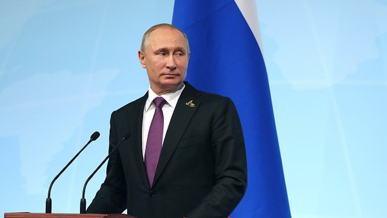 В Bloomberg выяснили, как Путина оставят у власти после 2024 года