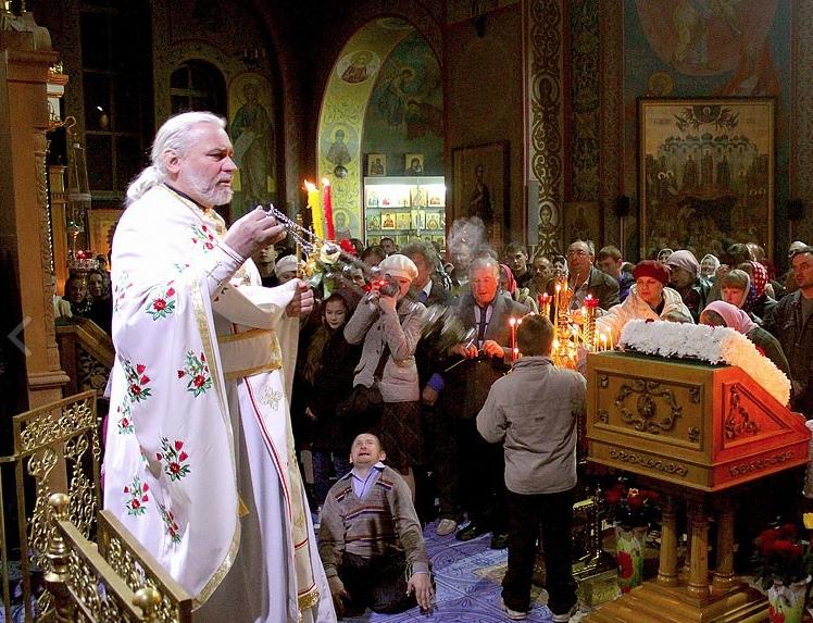 Громкое задержание священника в России: отца 70 детей подозревают в разврате